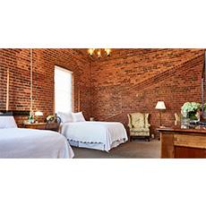 Beautiful Elegant rooms at the Brookstown Inn
